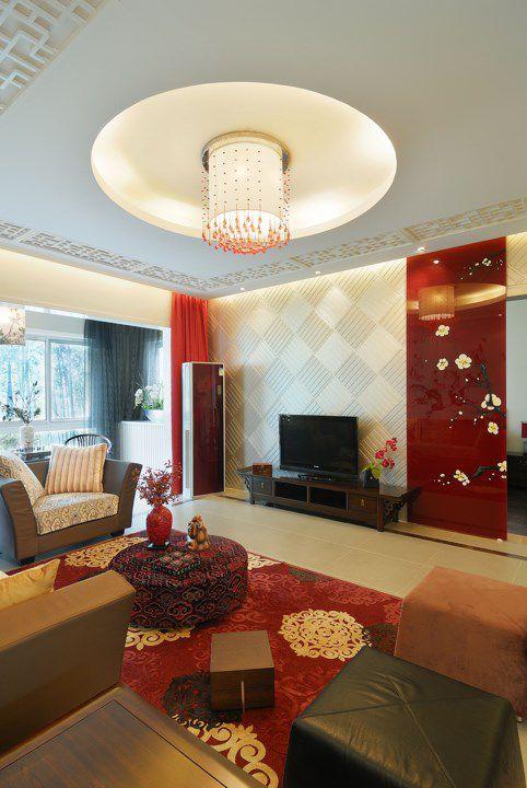 红色的婚房客厅装修案例