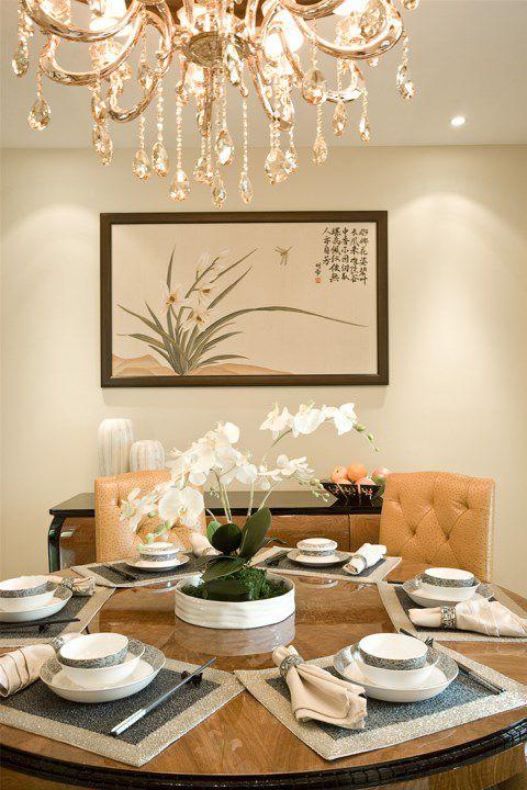 米色豪華的餐廳餐臺設計