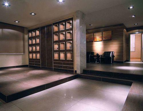 后现代风格休息区地台设计图片