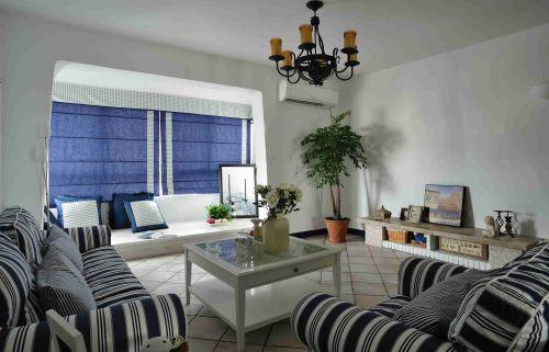 地中海风格客厅地台休息区设计