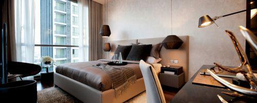 优雅咖啡色卧室装修图