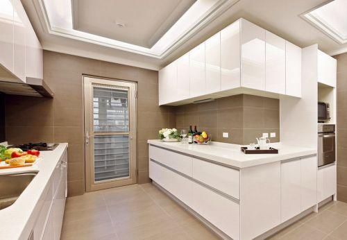 白色素雅现代风格厨房橱柜装修设计