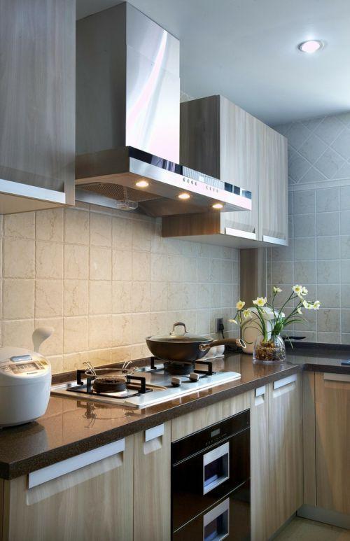 素雅米色现代风厨房橱柜设计图片