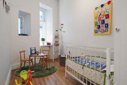 白色混搭风格儿童房装潢案例