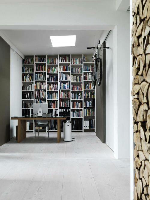 简约风极致白色书房装潢设计