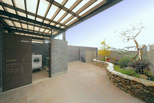 褐色现代风格花园设计赏析