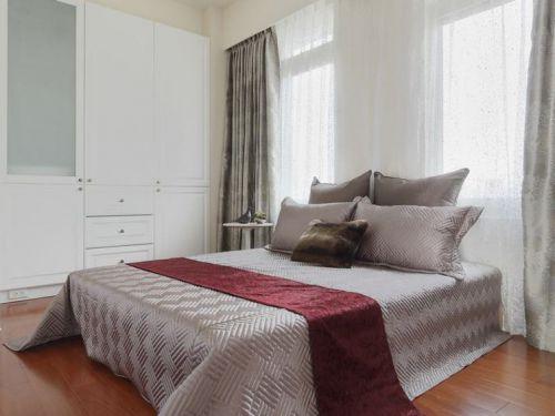 舒适温馨简约风格白色卧室装潢设计