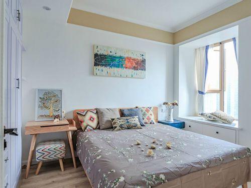 白色简约文艺风格卧室装修图