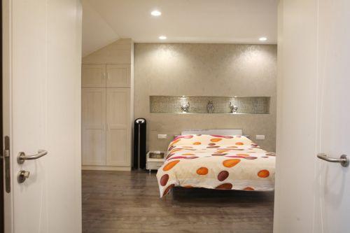 舒适温馨米色田园卧室装潢