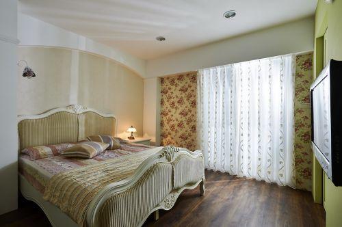 时尚欧式田园风格米色卧室设计欣赏