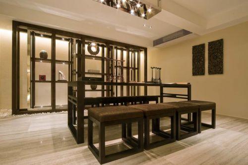亿城燕西华府餐厅餐桌图片