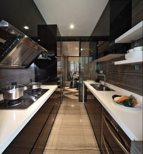 新古典风格厨房过道设计