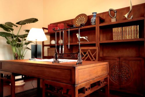 243平米大气中式风格书房书桌效果图