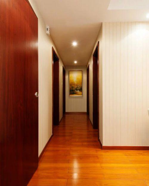 三室玄关过道照片墙装修效果图