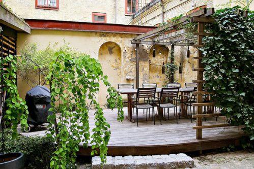 斯德哥尔摩欧式风格公寓庭院