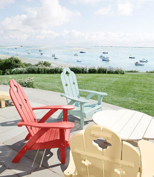 清凉的海边度假小屋花园椅子图片