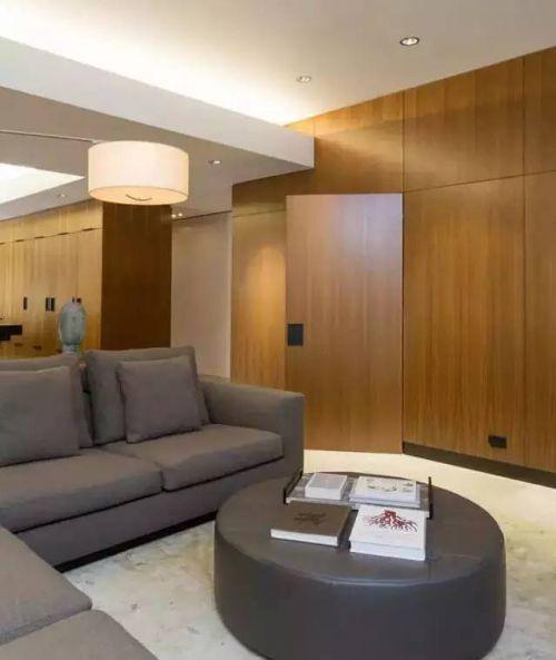 现代简约三居室客厅隐形门装修效果图