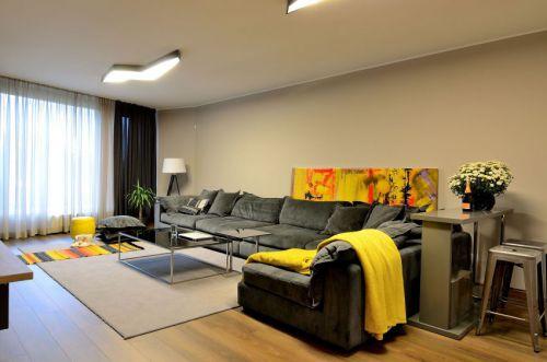 精致轻奢现代风格客厅沙发装修图片