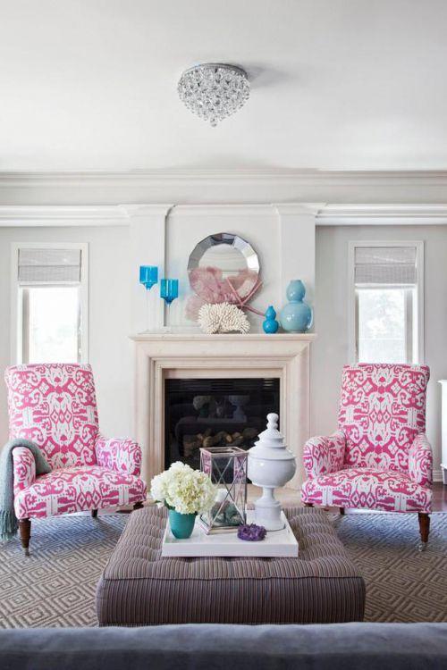 浪漫满屋欧式风格客厅茶几装修实景图