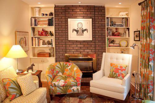 温馨浪漫欧式风格客厅小面积家装效果图