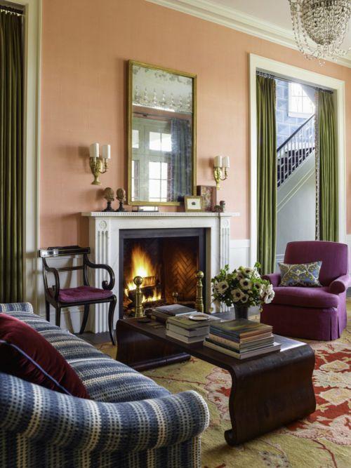 精致欧式风格客厅温暖壁炉装修设计图