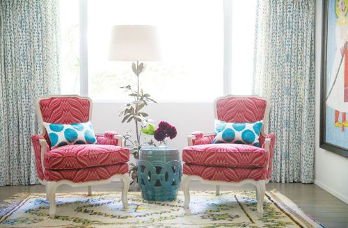 粉色风情欧式风格客厅装修