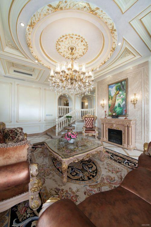 精致细腻欧式风格客厅吊顶装修实景图