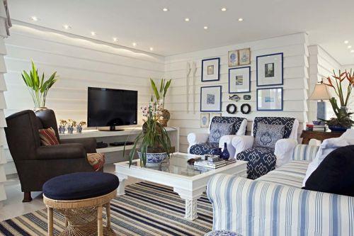 地中海风格沉稳洁净客厅装修效果图