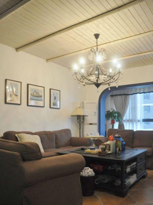 咖啡色古朴沉稳地中海客厅沙发设计