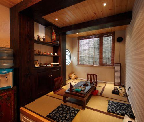 地中海风格四居室客厅装修图片