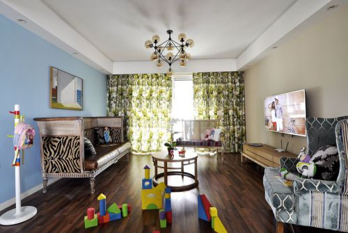 温馨蓝色混搭风格客厅装修实景图