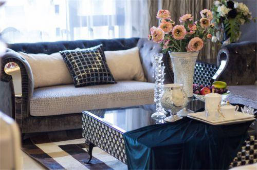 混搭风格三居室客厅飘窗装修效果图欣赏