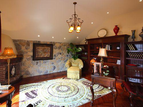 混搭风格别墅客厅灯具装修效果图