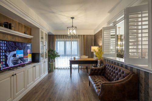华丽美式风格客厅灯具装修案例