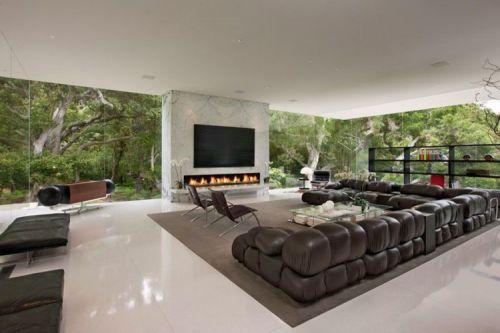 280平别墅美式风格客厅米色地板砖装修图