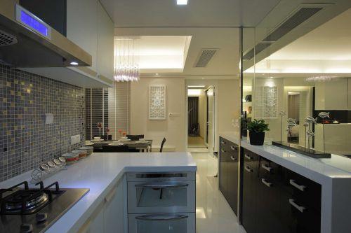 现代简约四居室厨房橱柜装修图片