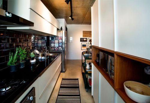 现代风格时尚厨房实用橱柜设计图片