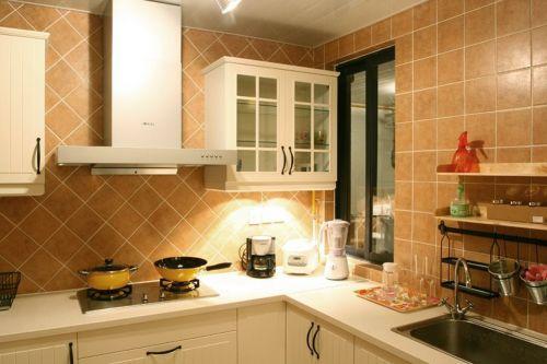 现代简约二居室厨房吧台装修效果图大全