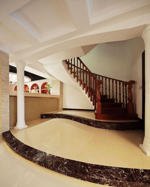 高端品位别墅简欧装修样板间楼梯实景图