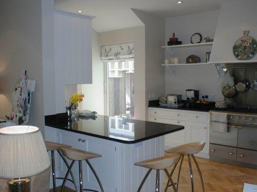 三居室现代简欧开放厨房效果图