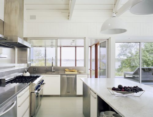简欧风格三居室白色洁净厨房装修效果图