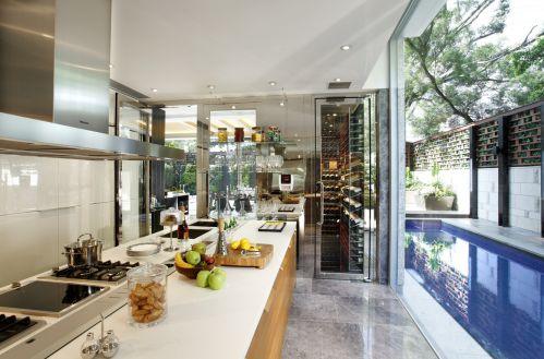 米色明亮简欧风格开放式厨房效果图