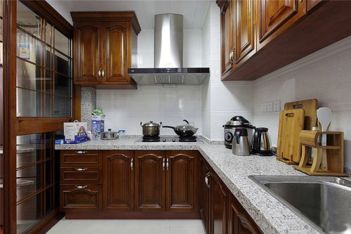 中式古典四居室厨房吊顶装修效果图欣赏