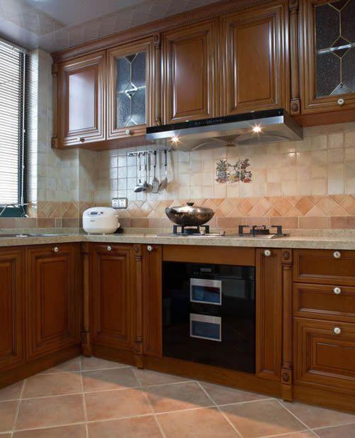 中式风格厨房原木色橱柜实景图