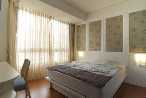 清新现代风格卧室窗帘装修效果图