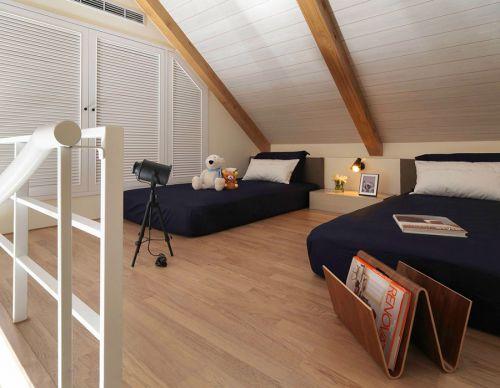 白色现代风格大卧室双床设计
