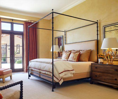 现代美式风格温馨卧室装修效果图