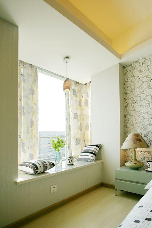 淡雅迷人现代简约风格卧室飘窗实景图