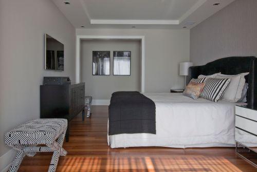 家装现代风格卧室灰色床装修设计