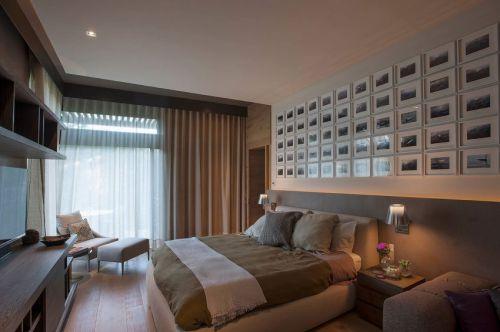 优雅现代风格卧室照片墙装修实景图